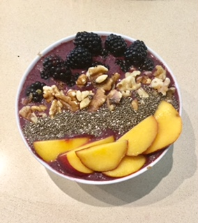 acai-berry-breakfast-bowl